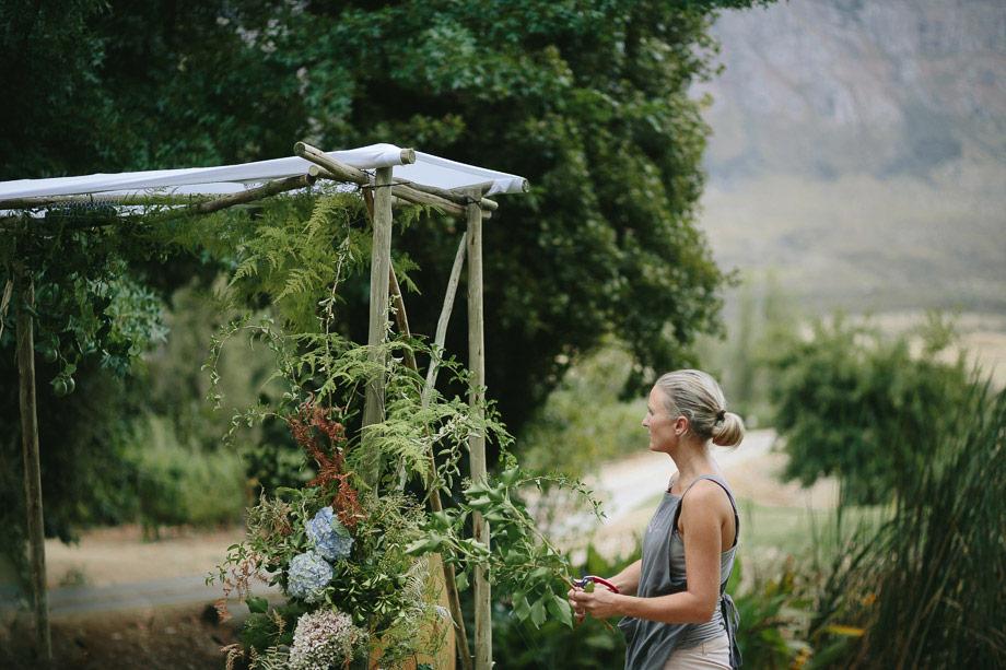 Documentary-Wedding-photographer-Cape-Town-Saronsberg-Cellars180